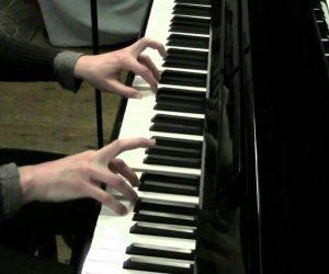 De l'échauffement au piano